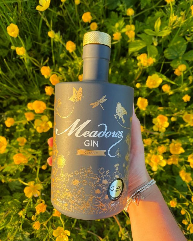 From the sharp citrus notes of lemon peel & grapefruit oil, rounded by the sultry smooth lavender finish, Meadows Gin is a contemporary blend of distilled botanicals crafted to evoke the invigorating sensation and freshness of the British Meadows 🌼🌾  Come rain or shine anywhere can become a meadow when you mix the right people with the right Gin! 🍸💛  Visit our website to get your hands on our Classic Meadows Gin, you won't regret it 😜🍸  #gintribe #britishsummer #britishmeadow #ginshelfie #ginimage #gintime #ginoclock #ginbars #meadowsgin #lemongin #lavendergin #grapefruitgin